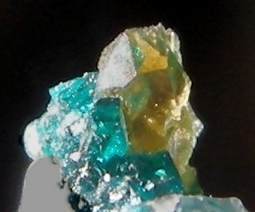 Détermination S.V.P. Dioptase-tsumeb-644-det